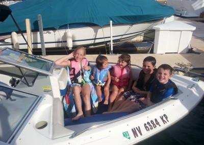 Bayliner Boat 9