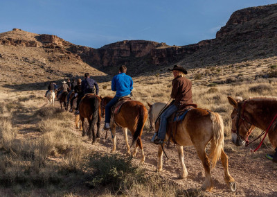 red-rock-horseback-riding-tour-4RS