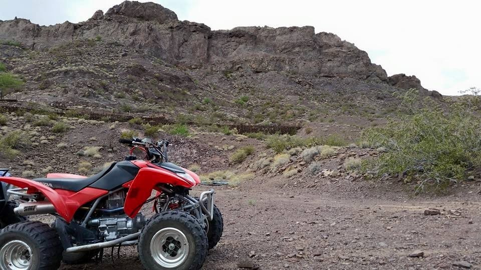 15 Red Honda With View Of Eldorado Canyon Trails Above